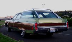 1972 Oldsmobile Custom Cruiser Station Wagon