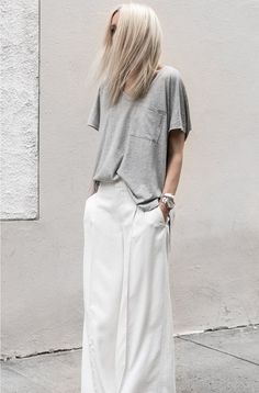 Minimal chic 657384876827993391 - ~ pantalon fluide, ensemble minimal ~ Source by TiSacParTicTac Style Casual, Casual Chic, Casual Outfits, Look Fashion, Fashion Outfits, Womens Fashion, Fashion Tips, Fashion Trends, Trendy Fashion