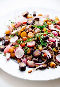 Roasted Carrot Lentil Salad with Tahini Dressing. Fall in a bowl!