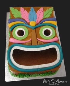 tiki Cake I could actually make use this as pattern for bean bag toss (Fiesta Hawaiiana Hawaiian Luau) Aloha Party, Tiki Party, Luau Party, Beach Party, Mini Tortillas, Hawaiian Theme, Hawaiian Luau, Luau Birthday, Birthday Parties