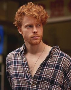Parisian guy and big fan of Ginger & Hairy Men. Hot Ginger Men, Ginger Beard, Ginger Hair, Ginger Boy, Professional Hair Salon, Professional Hairstyles, Red Hair Men, Guys With Red Hair, Redhead Men