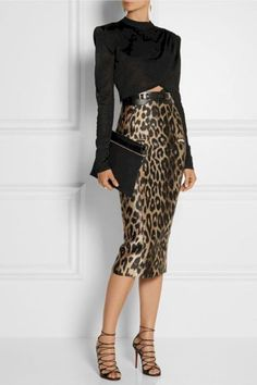 awesome 62 Animal Print Outfits for Women https://attirepin.com/2017/12/31/62-animal-print-outfits-for-women/