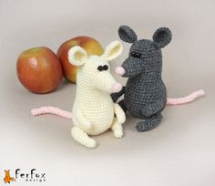 Hey, I found this really awesome Etsy listing at https://www.etsy.com/listing/199307185/crochet-mouse-stuffed-mouse-crochet