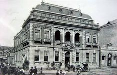 Old Standard Bank building in Pretoria,South Africa in the early 🌹 Old Images, Old Photos, Vintage Photos, Old Hospital, Banks Building, Pretoria, African History, Old City, Heritage Site