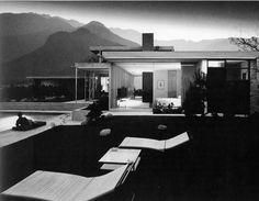 ARTIST: Julius Shulman TITLE: Kaufmann House, Palm Spring, CA (Richard Neutra, architect, 1946) DATE: 1947 MEDIUM: recent gelatin silver print