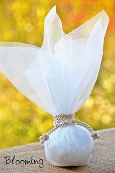 μπομπονιερες γαμου θεσσαλονικη Beach Wedding Reception, Wedding Favors, Wedding Day, Macrame Projects, Confetti, Bloom, Wedding Dresses, Crafts, Craft Ideas