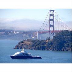 "M/Y ""LUNA"" in San Francisco. Photo by Steve Hannes"