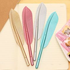 Beautiful Feather Pens Ballpoint Pen Writing For School Supplies Stationery Cheap Items Cute Kawaii Pen stationery items Cool School Supplies, Office Supplies, Kawaii Pens, Cute Pens, Stationery Pens, School Stationery, Too Cool For School, Student Gifts, Pen Sets