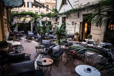"""Hotel Locarno, hotel in Rome near Piazza del Popolo, is a """"guest house""""; jewel, guardian of an Age, the hotel has an unbreakable bond with the world of art. Restaurant Rome, Hotel Rome, Rome Hotels, Best Hotels, Rome Travel, Italy Travel, Rome Guide, Voyage Rome, Rome City"""