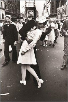 20 Ways You Know You're a Navy Wife L♥️VE // Vintage Old Photos from Famous Photographers from Around The World, Landscape Photography, Still Life Photography, and Nature Photography are among the Types of Photography,History of Photography Types Of Photography, History Of Photography, Still Life Photography, Vintage Photography, White Photography, Classic Photography, Landscape Photography, Nature Photography, Artistic Photography