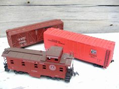 Vintage Model Train Cars Caboose Boxcar Cattle Car HO by Idugitup, $23.75