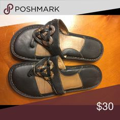 Born Sandals Very comfortable and hardly worn! In great condition. Born Shoes Sandals