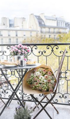 A Parisian balcony with flowers, croissants and coffee. #paris #balcony #roses Flower Background Wallpaper, Flower Backgrounds, Paris Photography, Fine Art Photography, Paris Balcony, Paris Home Decor, Paris Travel Tips, Croissants, Photographic Prints