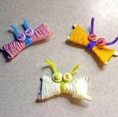 Preschool Yarn Butterflies are the perfect way for preschoolers to make the ever popular yarn butterflies. These animal crafts for kids are so very cute and easy.