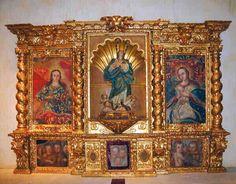 Chiapas, La Trinitaria, Parador-Museo Santa Maria, Museo de Arte Sacro, Altar - Photo by German Murillo-Echavarria 0406