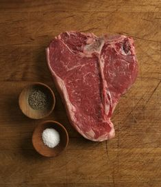 Before you ruin another perfectly good porterhouse by charring it à la Fred Flintstone, take our refresher course on the basics of buying and grilling steak. Strip Steak Recipe Oven, Ny Strip Steak, Steak In Oven, How To Grill Steak, Baked Steak Recipes, Beef Recipes, Porterhouse Steak Recipe, Aged Beef, Prime Beef