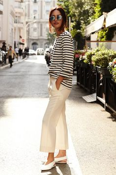 Photos via: Gary Pepper Nicole shows us an incredibly chic way to wear a striped tee straight from France. We absolutely love the personalized embroidery of the top paired with cool mirrored sunglasse Cute Spring Outfits, Spring Wear, Spring Summer Fashion, Suits Outfits, Chic Outfits, Fashion Outfits, 80s Fashion, Skirt Fashion, Casual Chic