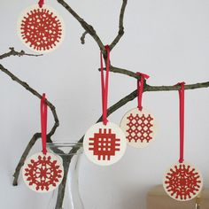 Wooden Christmas decorations / Addurniadau Nadolig pren: Peris a Corr     £2.00 - £2.50     Contact: shop@mostyn.org  01492 868191
