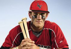 Bryce Harper - this kid is only 19 and already playing for a major league team! Baseball Boys, Baseball Players, Baseball Field, Softball, Mlb Players, Bryce Harper Hair, Eye Black Designs, Eyeshadow Step By Step