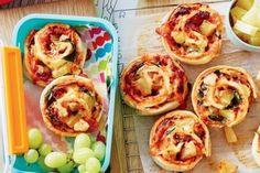 Lemon meringue tarts Scrolls Recipe, Cooking With Kids, Easy Cooking, Healthy Cooking, Healthy Tuna, Healthy Lunches, Lunch Snacks, Vegetarian Cooking, Healthy Chicken