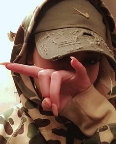 [ p i n t e r e s t ] : wavykiara Hijab Fashion, Fashion Outfits, Womens Fashion, Estilo Kylie Jenner, Dope Hats, Bad And Boujee, Tumblr Girls, Headgear, Fashion Killa