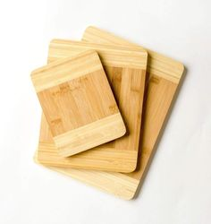 Kitchen Organic Eco Friendly Bamboo Cutting Board Set 3 Piece - Buy Bamboo Cutting Board Set Product on Alibaba.com Chopping Board Colours, Wood Chopping Board, Bamboo Cutting Board, Plastic Cutting Board, Buy Bamboo, Bamboo Crafts, Book Stands, Fish Shapes, 3 Piece