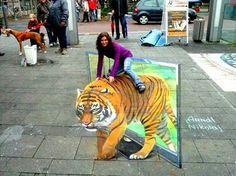 OMG!! Amazing 3D street art