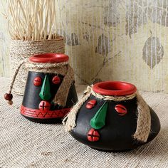 some earthen pots in bold colours could be given in a corner of the room just to give little more touch of the theme and some boldness to the decor Diy Arts And Crafts, Clay Crafts, Creative Crafts, Hobbies And Crafts, Home Crafts, Bottle Painting, Bottle Art, Bottle Crafts, Pottery Painting Designs