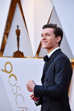 Tom Holland attends the Annual Academy Awards at Hollywood & Highland Center on March 2018 in Hollywood, California. Tom Peters, Tom Holand, Baby Toms, Billy Elliot, Tom Holland Peter Parker, Tommy Boy, Man Thing Marvel, Marvel Actors, Celebs