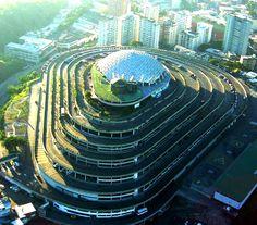 helicoide caracas- venezuela, en esta vistase aprecia la bellaza de esta edificación