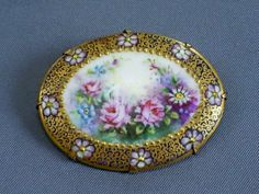 ANTIQUE VICTORIAN HANDPAINTED FLORAL/ROSES PORCELAIN/ROLLED GOLD BROOCH/PIN