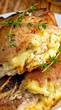 Cheese & Potato Stuffed Pork Chops ~ These pork chops are stuffed with potatoes and Fontina and Asiago cheese. Directions for slow cooker also included! I'd try with chicken Pork Chop Recipes, Meat Recipes, Slow Cooker Recipes, Cooking Recipes, Recipies, Gourmet Dinner Recipes, Cheesy Mashed Potatoes, Ranch Potatoes, Cheese Potatoes