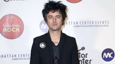 Billie Joe, do Green Day, critica ausência de bandas de rock no VMA #Band, #Clipe, #MTV, #Prêmio, #Rock, #Show, #Single, #TapeteVermelho, #VMA http://popzone.tv/billie-joe-do-green-day-critica-ausencia-de-bandas-de-rock-no-vma/