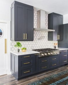 Uplifting Kitchen Remodeling Choosing Your New Kitchen Cabinets Ideas. Delightful Kitchen Remodeling Choosing Your New Kitchen Cabinets Ideas. White Kitchen Cabinets, Kitchen Redo, Navy Cabinets, Kitchen Ideas, Kitchen White, Upper Cabinets, Kitchen Floor, Country Kitchen, Kitchen With White Countertops