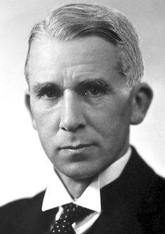 """Walter Norman Haworth, The Nobel Prize in Chemistry 1937: """"for his investigations on carbohydrates and vitamin C"""", natural products chemistry, organic chemistry"""