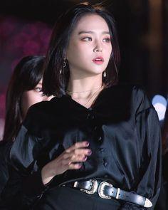 Kpop Girl Groups, Korean Girl Groups, Kpop Girls, Extended Play, Jang Yeeun, Loona Kim Lip, Rapper, Clc, Girl Bands