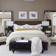 yatak odasi icin renk secimi duvar rengi ve yorgan yatak ortusu nevresim renkleri mobilya aksesuar rengi kum beji duvar krem kahve siyah