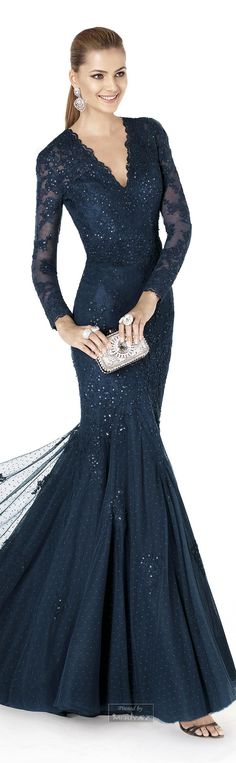 2015 Bridesmaids for winter weddings Elegant Outfit, Elegant Dresses, Cute Dresses, Ball Dresses, Prom Dresses, Formal Dresses, Mom Dress, Dress Up, Beautiful Gowns