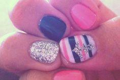 cute anchor nails