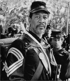 Morgan Freeman, male actor, celeb, movie star. Glory. Uniform, soldier. Portrait, photo b/w.