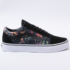 Vans Old Skool (Black Bloom) Black& White Mens Vans Shoes, Vans Sneakers, Custom Sneakers, Custom Shoes, Skate Shoes, Nike Shoes, Vans Men, Converse, Tenis Vans Classic