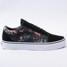 Vans Old Skool (Black Bloom) Black& White Vans Shoes Fashion, Mens Vans Shoes, Vans Sneakers, Vans Men, Converse, Custom Sneakers, Custom Shoes, Tenis Vans Classic, Cute Vans