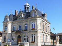 Hôtel de ville de La Neuville-au-Pont (Marne) - 1860
