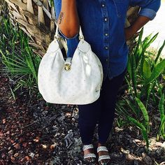 The perfect LV bag to go with your denim on denim! Louis Vuitton White Mahina Leather XL Shoulder Bag is available to purchase on www.mymoshposh.com! #Louisvuitton #lv #lvmahina #lvobsessed #louislover #purselover #purseblog #denimondenim #trendy #style #fashion #luxury #doubledenim #ootd #socute #mymoshposh #mymoshposh #designerhandbags #designerconsignment