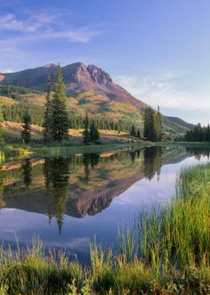 looks like a great place to fly fish Fishing Places, Fly Fishing, Great Places, Beautiful Places, Backpacking, Camping, Two Fish, Water Reflections, Beautiful Landscapes