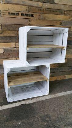 Lot de 2caisses en bois / cagettes de fruits pour étagère déco  http://www.homelisty.com/ou-trouver-caisses-en-bois-cagettes/