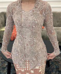Dress Brokat Modern, Kebaya Modern Dress, Kebaya Dress, Kebaya Kutu Baru Modern, Model Kebaya Modern, Dress Brukat, Kebaya Wedding, Senior Prom Dresses, Kebaya Muslim
