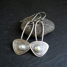 Cinnamon Jewellery: Using Beads As Cabochons