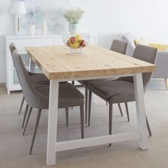 Get the modern farmhouse dining room decor ideas from the table, lighting, chairs, and more. Farmhouse Dining Room Table, Dining Room Table Decor, White Dining Chairs, Dining Room Walls, Dining Room Design, Kitchen Decor, Esstisch Design, Decoration, Home Decor