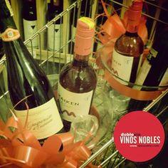 ¿Sabías que en #VinosNobles puedes disfrutar de un producto de calidad a precios increíbles? Por ejemplo el #LambruscoIGTBlanco lo puedes adquirir por $15.250. ¡Visítanos!